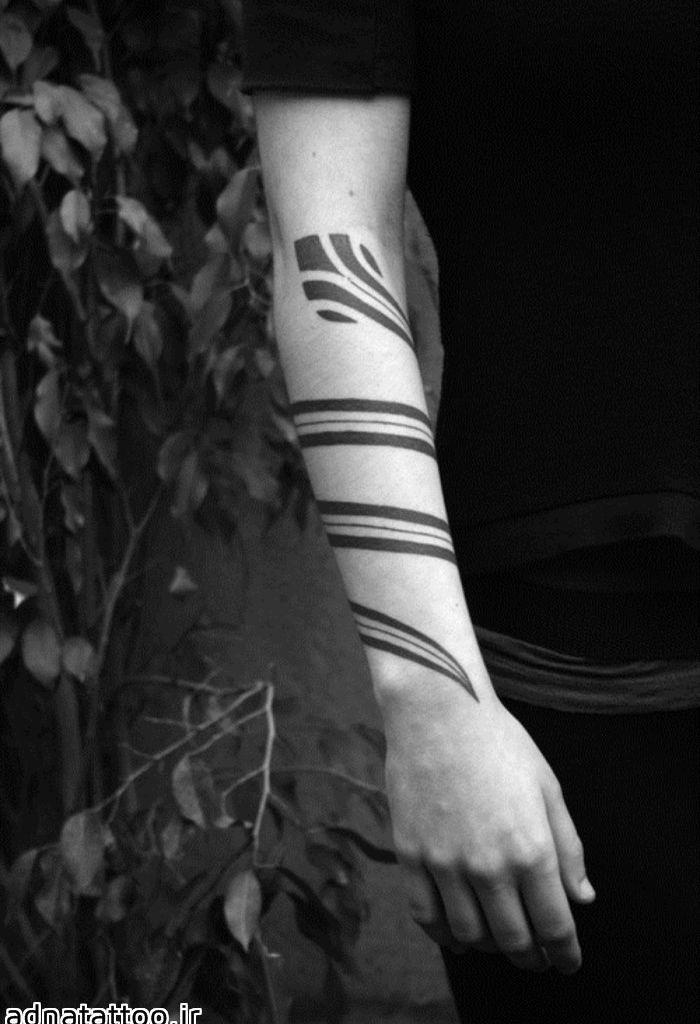 تاتو خط مائوری زیبا روی دست
